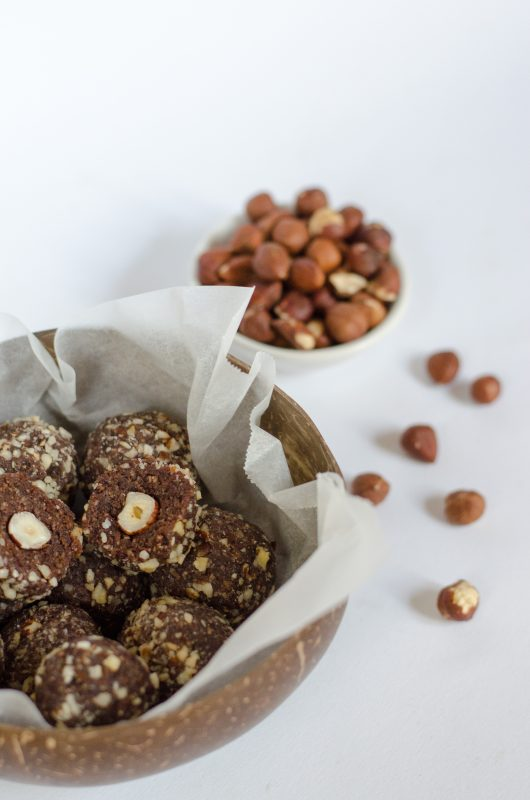 Ferrero rocher con 4 ingredienti – raw vegan